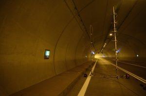 Badania działania wentylacji strumieniowej w tunelu Laliki    dr hab. inż. Małgorzata Król